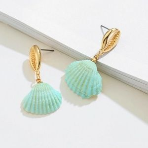 Jewelry - LAST! Clam Shell Drop Earring 14K Gold Plated Blue